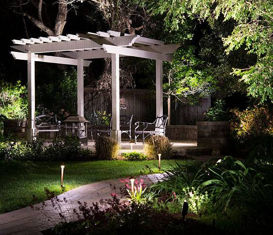 Landscape lighting installation company american national a landscape lighting installation company american national set up backyard lights aloadofball Gallery