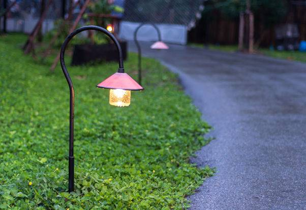 American National Sprinkler & Lighting provides outdoor lighting service for pathways and landscapes.