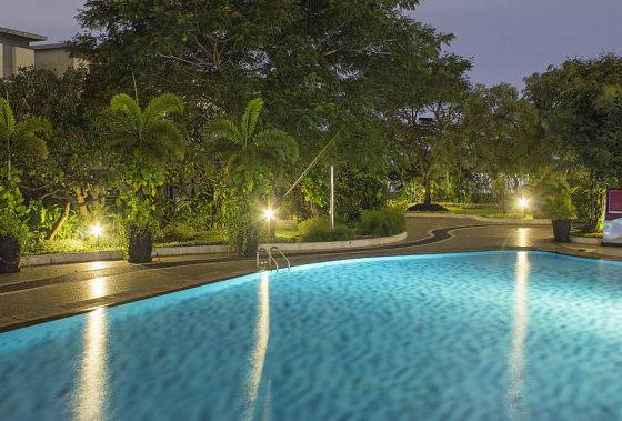 American National Sprinkler & Lighting provides outdoor lighting service for your landscape and pool area.