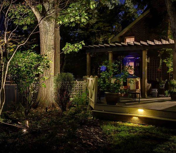 American National Sprinkler & Lighting - a home in Northbrook, IL that we installed outdoor landscape lighting.